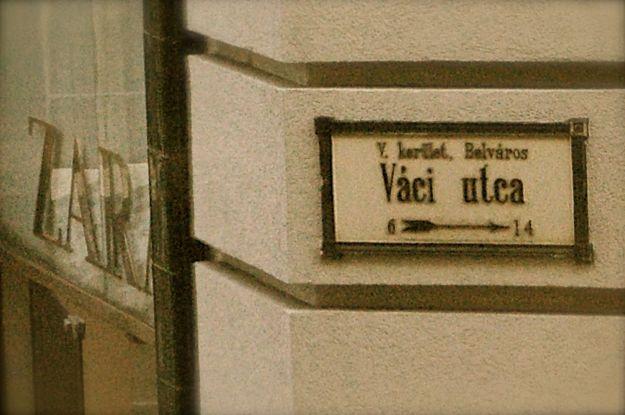 church_tourism_vaci_02