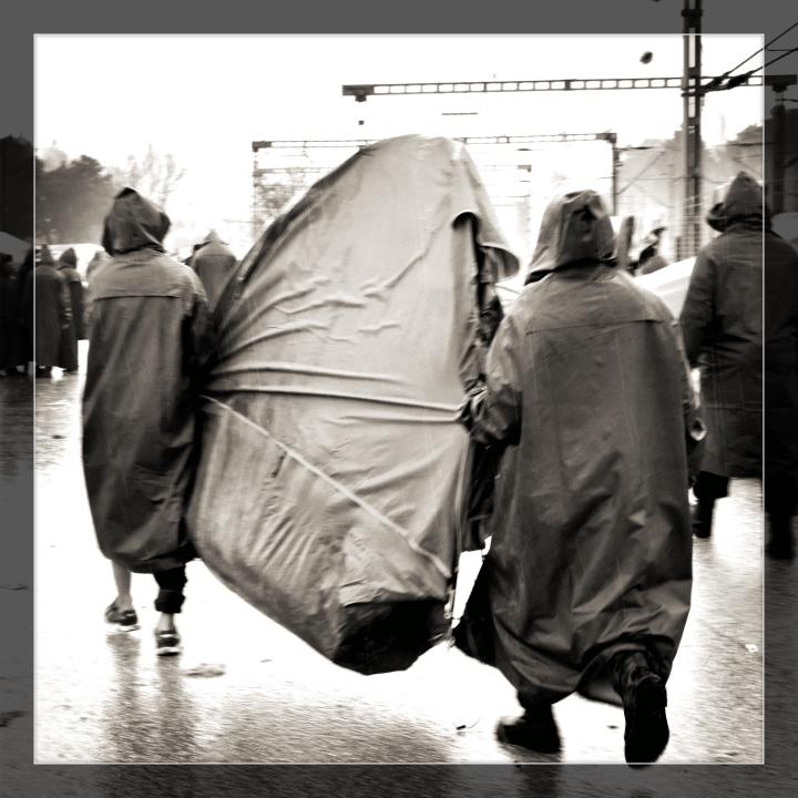 tent_transport_Fotor_Fotor